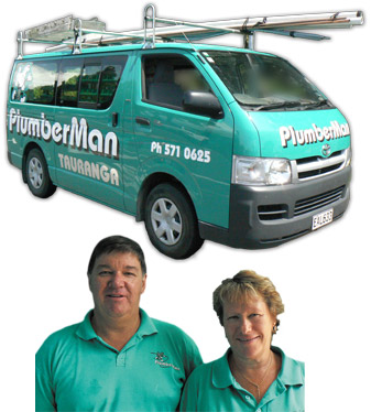 PlumberMan Van and Kevin and Raewyn Johnson